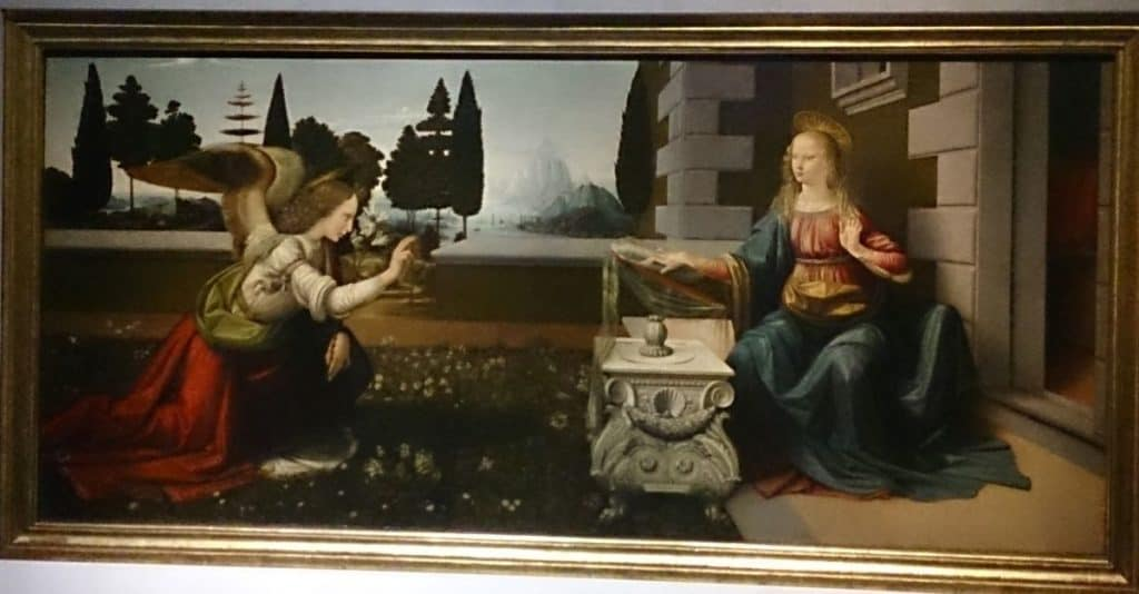 New Year in Florence is per tradition on the 25th of March same day of the Announciation. In The picture the Announciation made by Leonardo da Vinci.